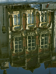 "Aveiro - Arte Nova no Canal Central: reflexos ""Art Nouveau"" building: reflections"