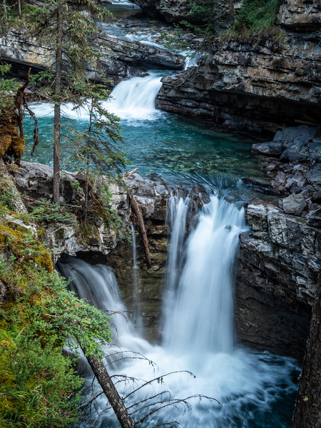 Falls in Johnston Canyon