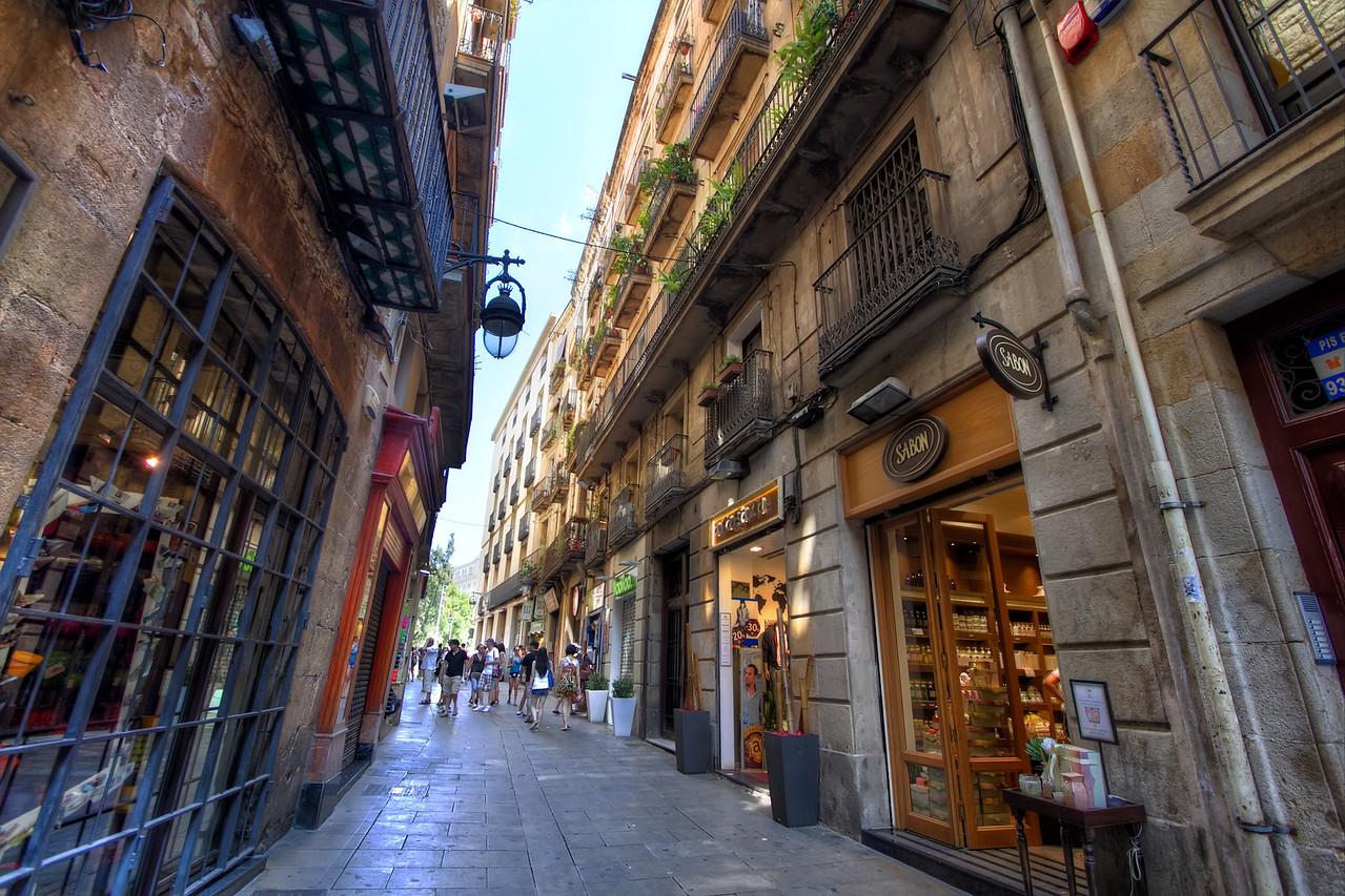 The Medieval Alleyways of Barri Gotic
