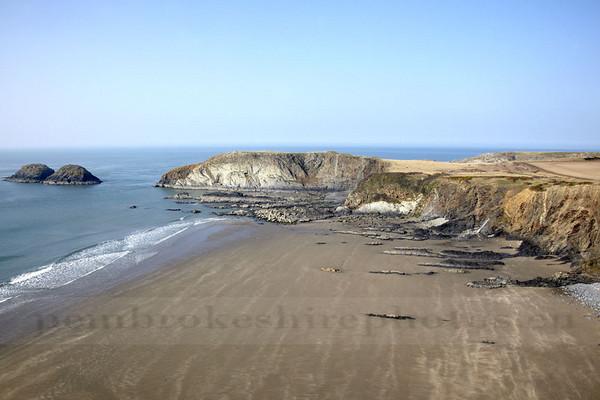Traethllyn Beach