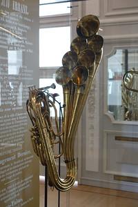 Sax's horns