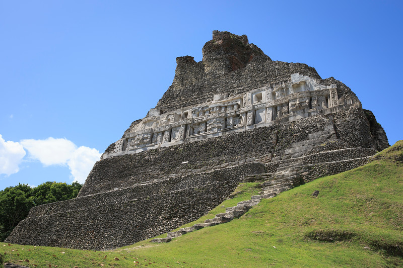 Side shot of Xunantunich.