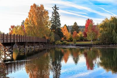 Mirror Pond in Autumn, Bend, Oregon - 4