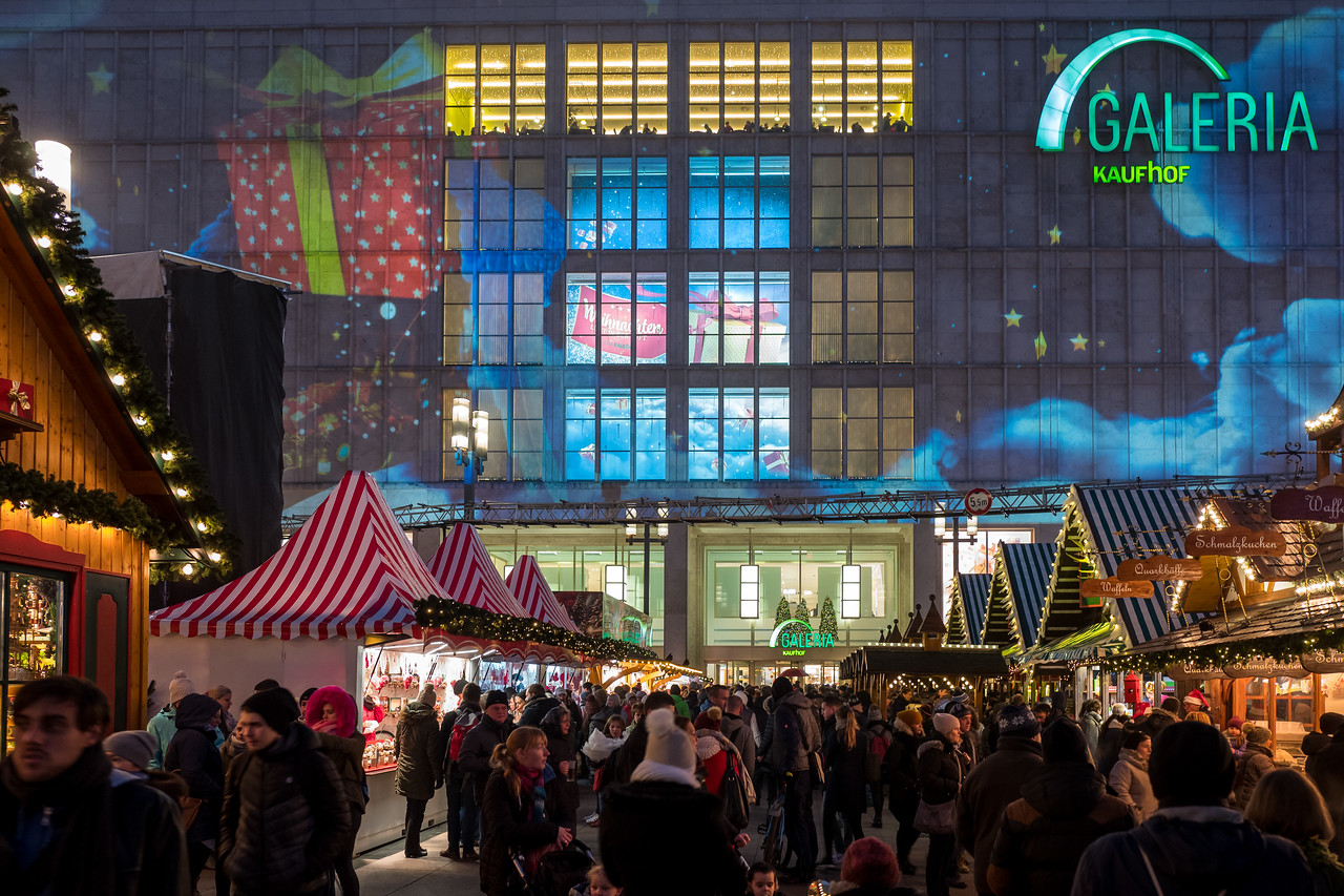 Christmas market on Alexander platz, Berlin