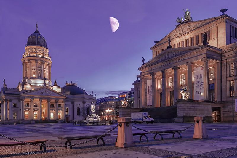 Gendarmenplatz, Berlin
