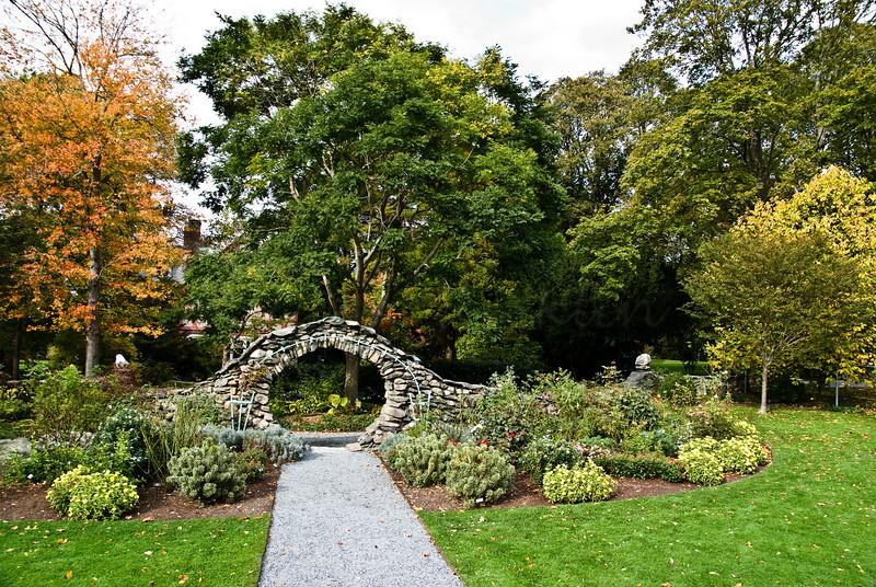 Moon Gate of the Rose Garden