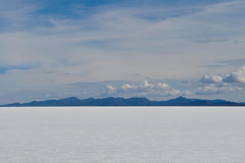 Finally, the Salar de Uyuni - over 4000 miles of nothing but SALT FLATS.  Looks like snow, tastes like salt.