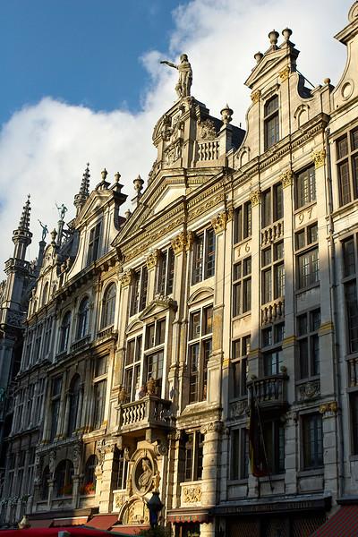 Grand Place Square 1
