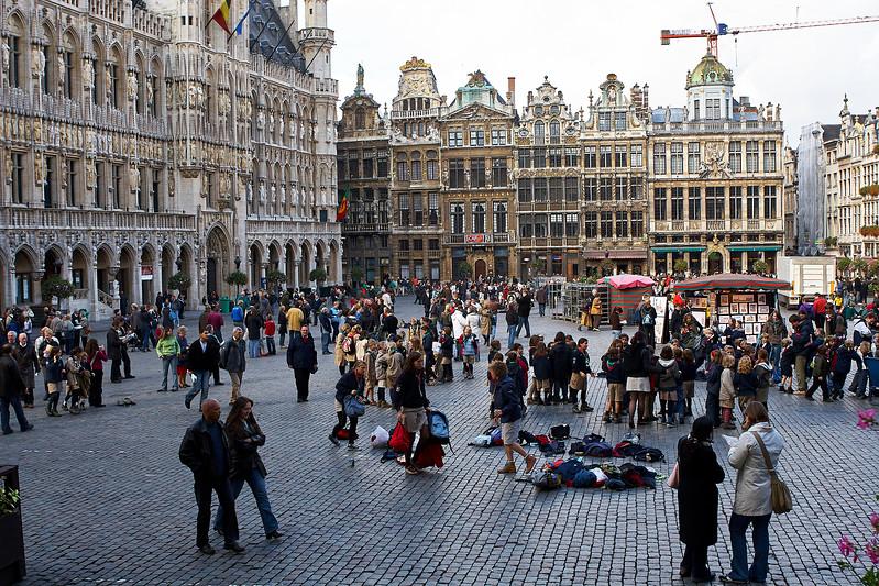Grand Place Square 5