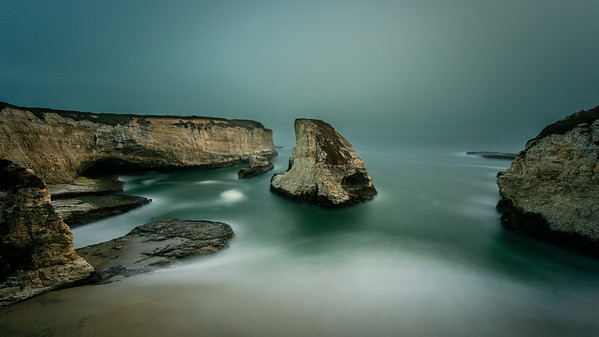 Foggy Shark Fin Cove Before we shot the meteor shower, we were here at Shark Fin Cove. I am loving my new Big Stopper.  Canon 5D MK III Canon 17-40mm f/4 L 370 Seconds  f/20  ISO 100. - http://smu.gs/PkukP3