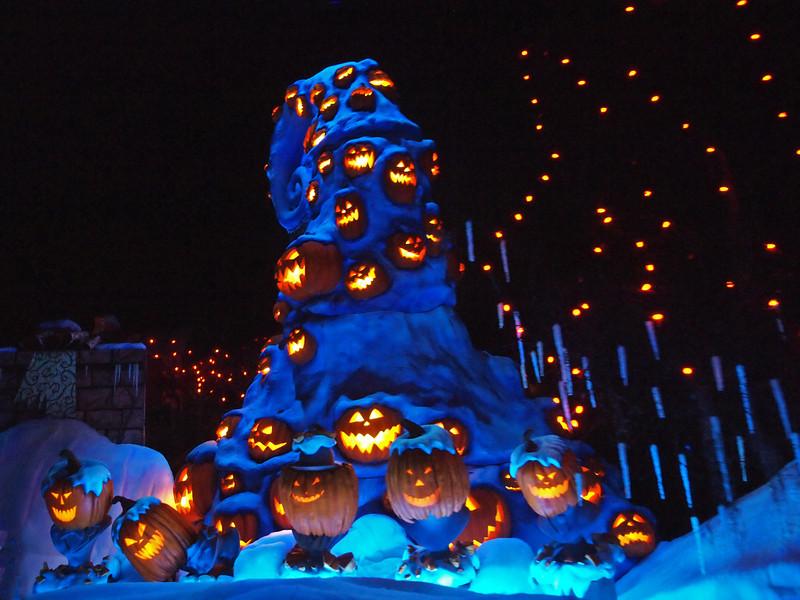 Haunted Mansion ride at Disneyland - 9 Dec 2010