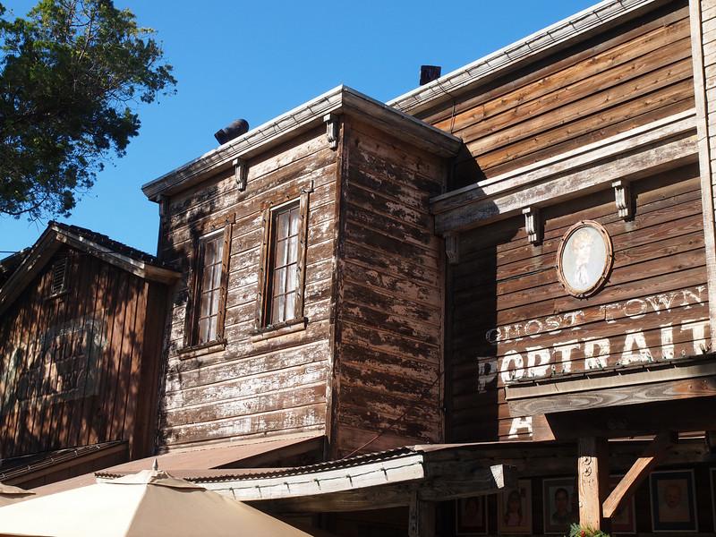 Knott's Berry Farm - 25 Nov 2010