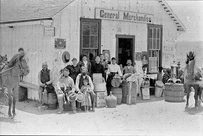 John Berg store and a few local customers in about 1899.   Store was located on the southeast corner of Rancho Santa Fe road and 7th street.