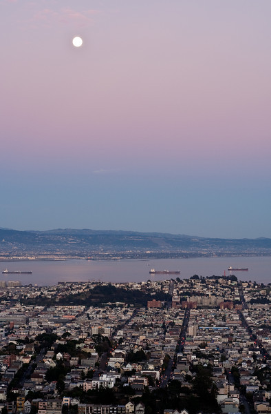 Moon over San Francisco at dusk