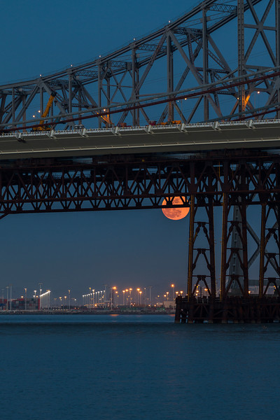 Supermoon 2012  Here is a shot I never posted from the Super Moon back in May. This was taking from Treasure Island of the Eastern span of the Bay Bridge. PRINTS: http://smu.gs/ONz6U9  Canon 7D Canon 70-200mm f/4 L f/4.0 1/6 Sec 131mm ISO 100