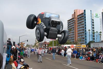 ballon parade.  Front street, San Diego, California.