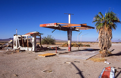 Wanted gas but pump was out of service.  Along highway 62, Rice California.