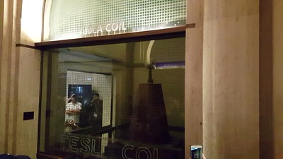 Tesla Coil demonstration inside the Griffith Observatory