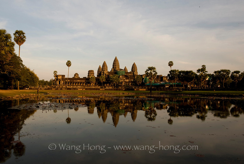 Angkor Wat, shortly before sunset