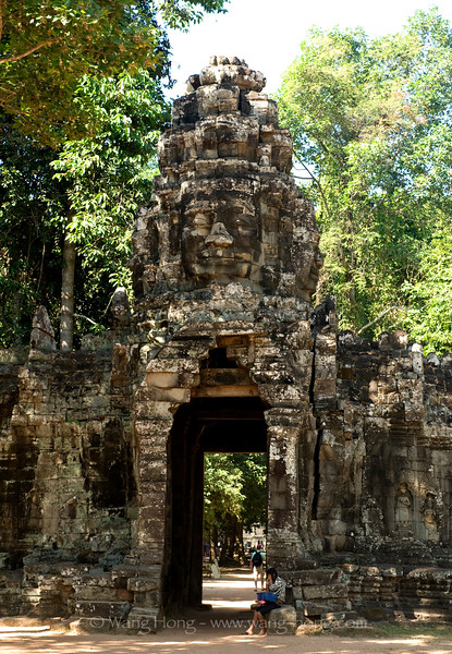 Banteay Kdei, east Gopura