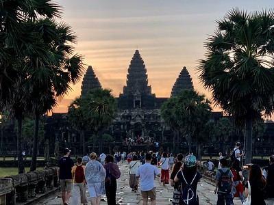 The crowds at sunrise, Angkor Wat