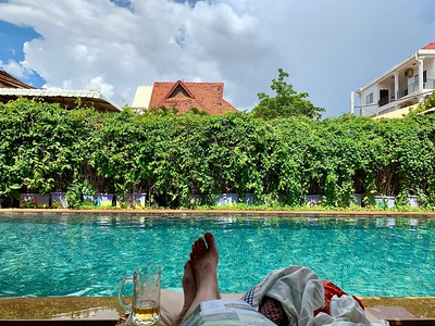 Baby Elephant Boutique Hotel - chilling poolside before the storm hits