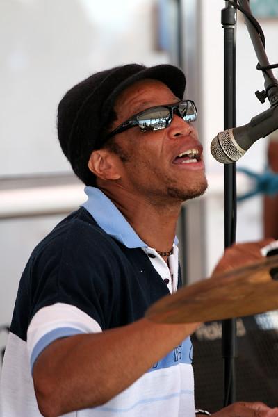 Reggae band aboard shilp.