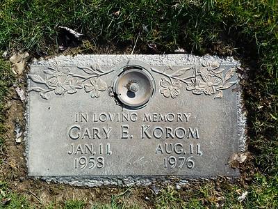 Gary Korom