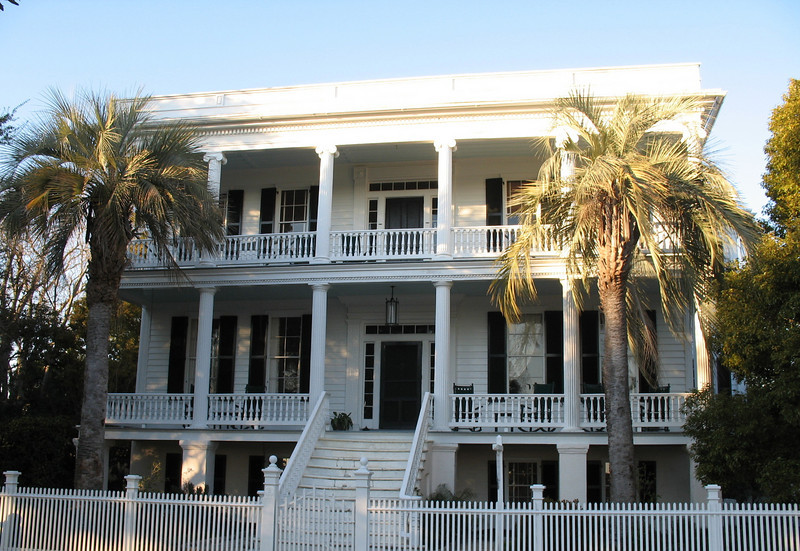 <b>Beaufort - Lewis Reeve Sams House</b> - Built in 1852, the house was used as a hospital during the Union occupation of Beaufort during the Civil War. For interested buyers the house is for sale (in 2006). The asking price...$2.8 million!!! Located at 601 Bay Street.