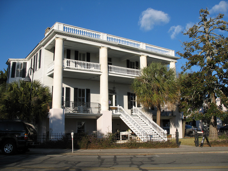 <b>Beaufort - George Elliott House</b> - Located at 1001 Bay St. Built in 1844.