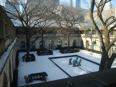 Courtyard. In the warm months, you can sit outside and enjoy lunch.