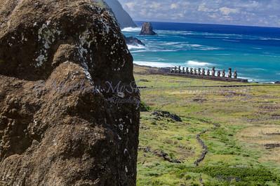 Moai-25