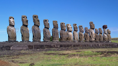 Moai-27