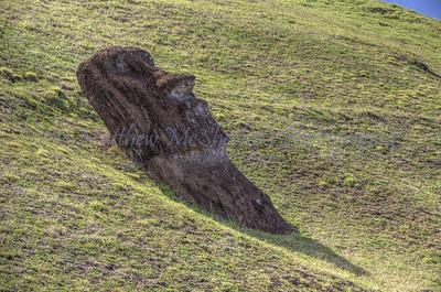 Moai-1