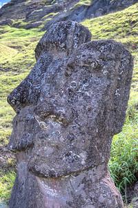 Moai-18
