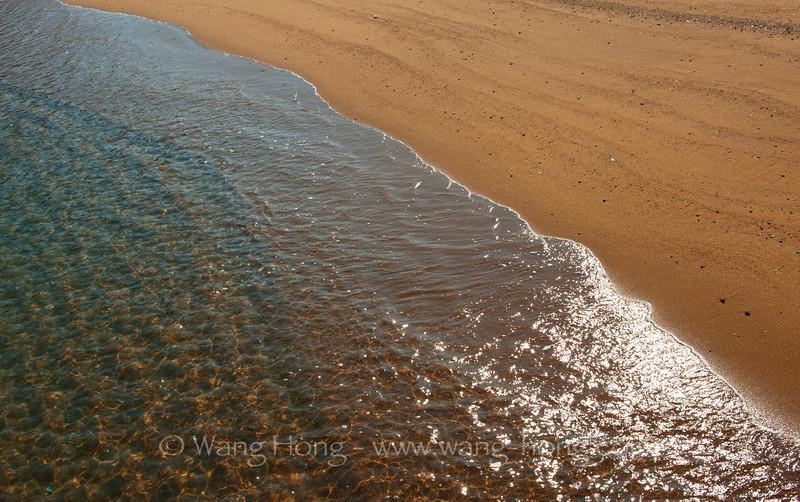 Beach in southern Lamma Island. (Shi Pai Wan)