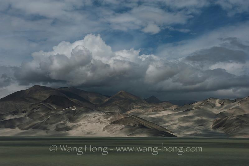 """""""Sand Lake"""", on way from Kashgar to Tashkurgan"""