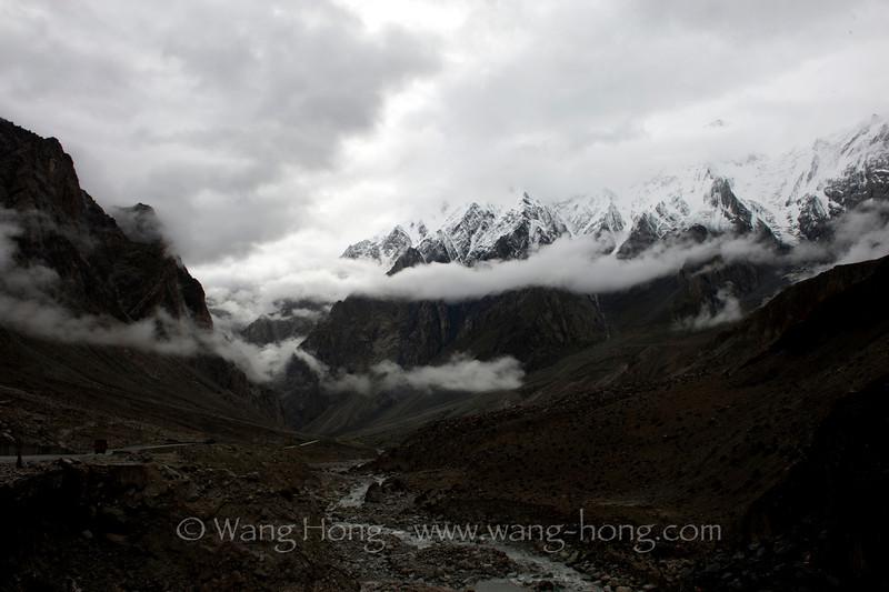 Karakoram Mountains on way out of Tashkurgan.