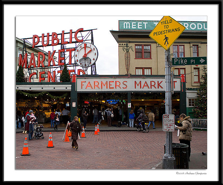 I have several friends who are from the Seattle area and I was strongly advised that one simply could not travel to Seattle and not go to visit the Pike Place Public Market in downtown Seattle.