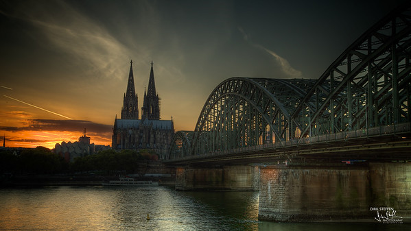 Cologne Cathedral & Hohenzollern Bridge