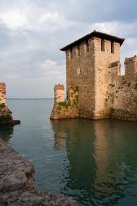 Castle Entrance Lago di Garda, Italia June 2011