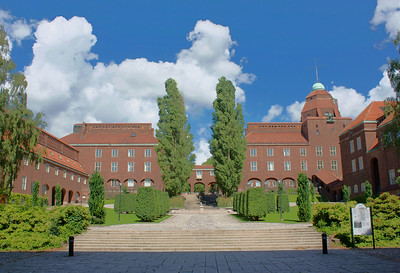KTH Courtyard HDR