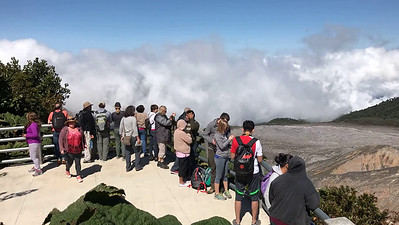 Video: Clouds roll in at Poás Volcano National Park