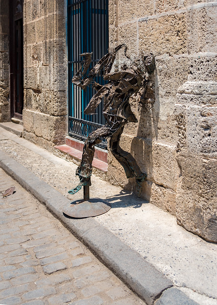 Saxophone Player sculpture, Old Havana