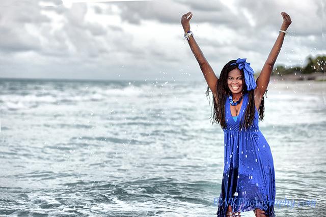 IMAGE: http://www.bwkphotography.com/Places/Cuba/Cuba-II/IMG1860fhdr/712389910_TBpXJ-XL-1.jpg