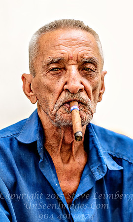The Cigar Man - Copyright 2017 Steve Leimberg UnSeenImages Com _Z2A3589