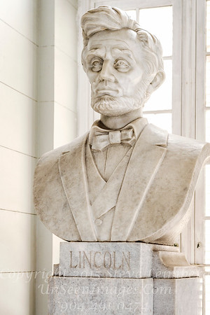 Lincoln Bust in Havana Museum of the Revolution - Copyright 2017 Steve Leimberg UnSeenImages Com _DSF3679