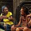 Three Ladies Chatting Havana - Copyright 2017 Steve Leimberg UnSeenImages Com _Z2A5561