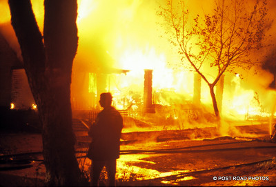 detroit-fire-department-old-slides-devil's-night-post-road-photos-019