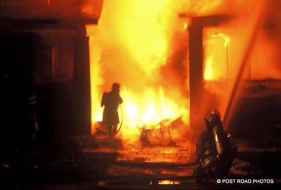detroit-fire-department-old-slides-devil's-night-post-road-photos-015